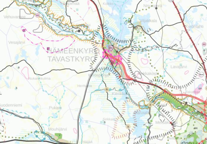 Kartalla näkyvät Hämeenkyrön kunta ja sen alueelle sijoittuvat maakuntakaavan aluevaraukset ja merkinnät. Merkintöjä on eniten taajamassa ja kunnan luode-kaakko suunnassa halkovien valtatien 3 ja harjualueiden varsilla.